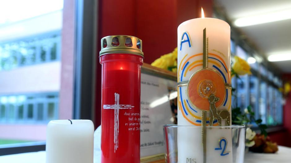 An der Meitinger Mittelschule war  die Trauer um den 15-jährigen Schüler und seinen 16-jährigen Kumpel groß. Beide starben Mitte Juni an einer Überdosis.