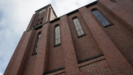 Backsteinfassaden, wie hier an der Kirche St. Thaddäusin Kriegshaber, haben einige Vorteile.