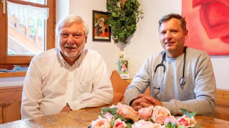 Nachfolge gesichert: Sohn Johannes ist seit 2017 mit in der Praxis in Herbertshofen.
