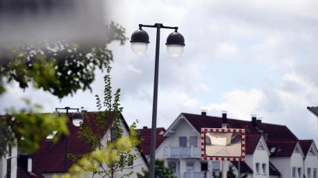Alle Straßenlaternen in Diedorf sollen im kommenden Jahr gegen LED-Leuchten ausgetauscht werden.