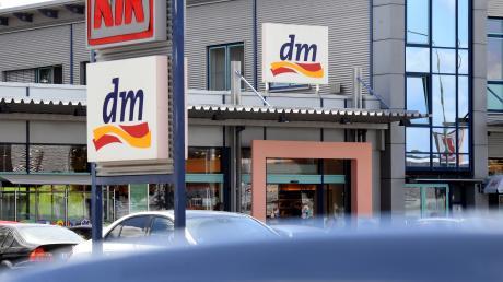 Wie entwickelt sich der Einzelhandel im Augsburger Land? Bei einer Kundenbefragung im Citycenter Gersthofen zeiget sich, dass der Drogeriemarkt ein Magnet ist.