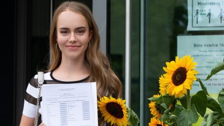Laura Kunz gehört an der Realschule Meitingen zu den besten Absolventen des diesjährigen Abschlussjahrgangs. Ebenso wie Sebastian Unger schloß sie mit der Traumnote 1,0 ab.
