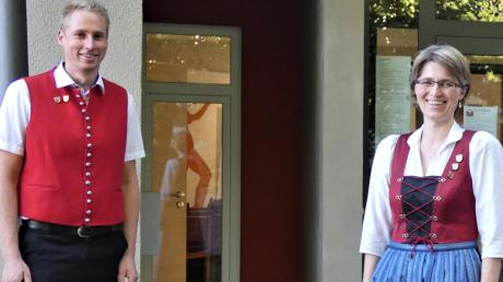Den Musikverein Ellgau führt jetzt Vorsitzender Cornelius Bader (links). Als Vize fungiert Christine Schmid, dritter Vorsitzender ist Reinhard Götzfried.