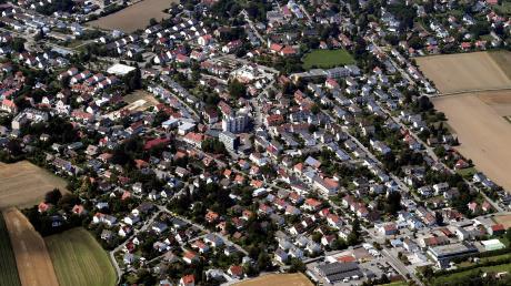 Steppach ist in vielen Bereich schon jetzt eng bebaut. Ein Antrag für die Alte Reichsstraße geht dem Bauausschuss der Stadt Neusäß aber seit Langem zu weit.
