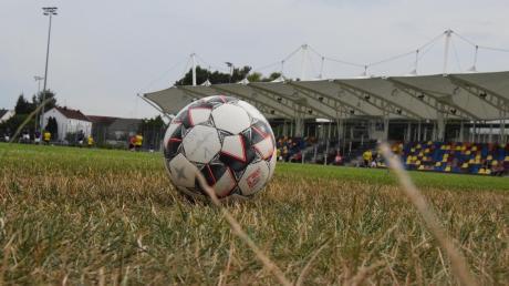 Der Ball ruht nicht nur in Gersthofen. Wegen Corona-Fällen wurden zahlreiche Fußballspiele in der Region abgesagt.