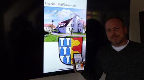 Die Allmannshofen-App ist seit wenigen Tagen online. Bürgermeister Markus Stettberger kann so im Nu Bürger und Gäste des Ortes informieren.