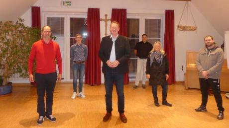 Der Vorstand des neu gegründeten CSU-Ortsverbands Heretsried: (von links) Christian Stelzmüller, Sebastian Strobel, Andreas Strobel, Harald Refle, Angelika Strobel und Sven Fangmeyer.