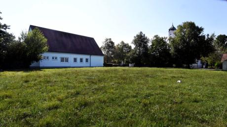 Auf dem Areal neben dem Pfarrzentrum in der Mühlstraße in Herbertshofen soll eine provisorische Kinderkrippe gebaut werden.