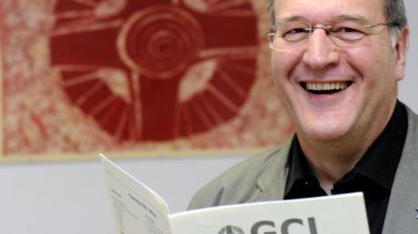 Pater Thomas Gertler ist der letzte Jesuit in Augsburg. Seine Mitbrüder verließen 2010 die Stadt. Er ist Kirchlicher Assistent der spirituellen Gemeinschaft christlichen Lebens.