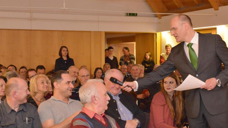 Oberbürgermeister Kurt Gribl wollte von den Augsburgern wissen, was sie bewegt.