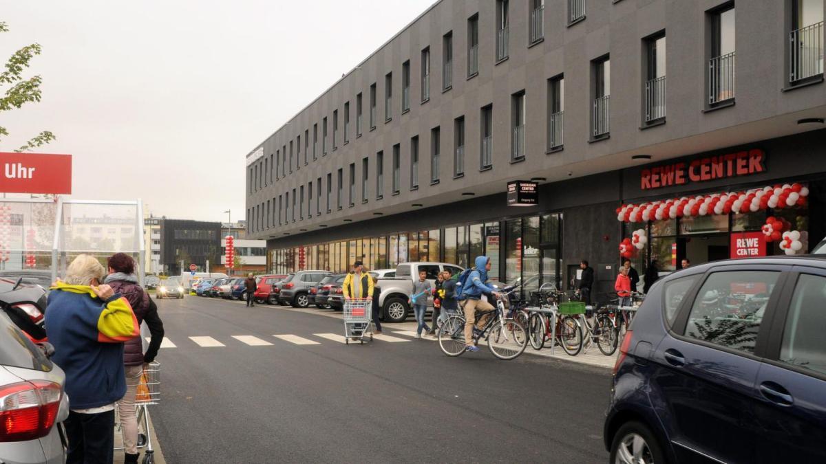 augsburg stadt in sheridan hei t es jetzt wohnen und einkaufen lokales augsburg. Black Bedroom Furniture Sets. Home Design Ideas