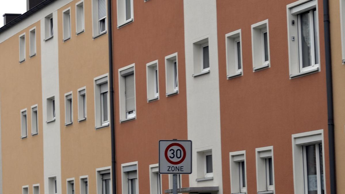 wohnungen in augsburg steigen die mieten besonders stark. Black Bedroom Furniture Sets. Home Design Ideas