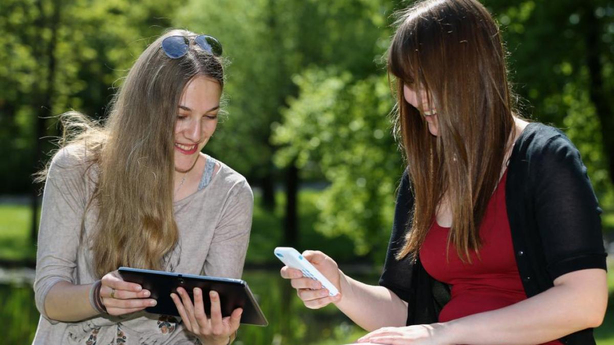 augsburg auf diese apps stehen studenten digital augsburger allgemeine. Black Bedroom Furniture Sets. Home Design Ideas