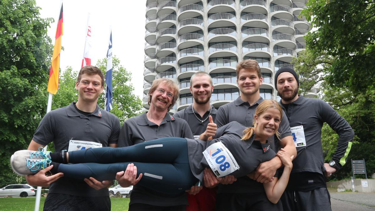 Hardys Augsburg 115 läufer starten beim 1 hardys hotelturmlauf lokales augsburg