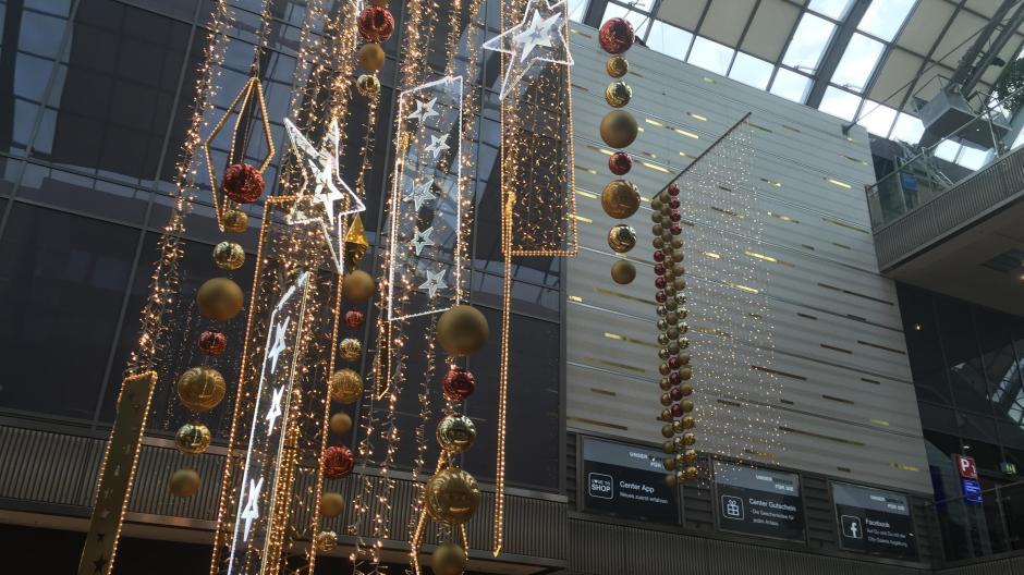 Augsburg: In der City-Galerie war schon Weihnachten auf Probe ...