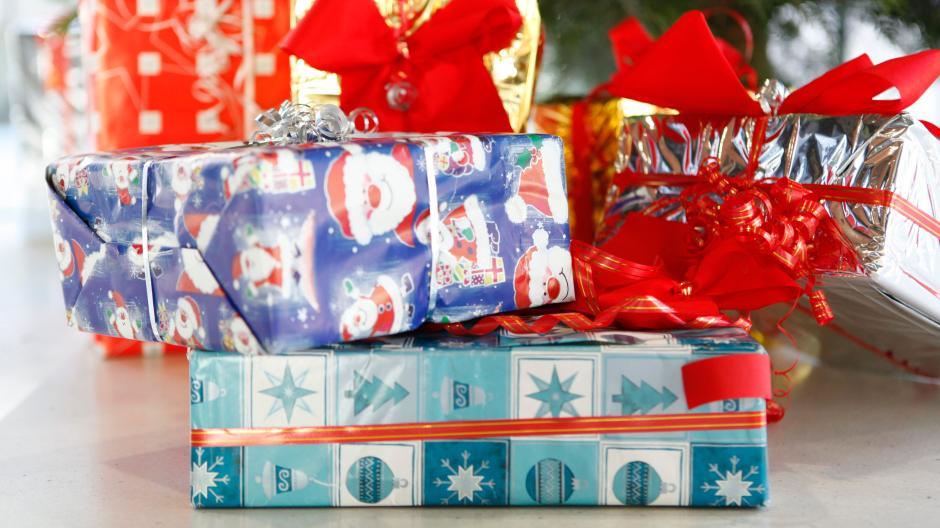 Weihnachtsgeschenke Geschäftspartner.Korruption Welche Weihnachtsgeschenke Sind Im Job Erlaubt