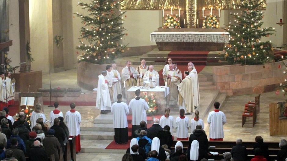 Weihnachtspredigt: Warum Jesus es schwerer hatte als wir - Lokales ...