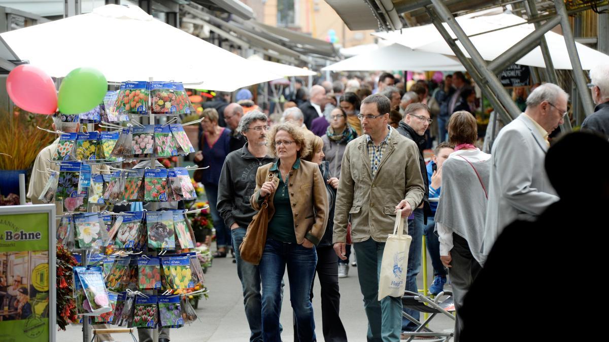 Augsburg: Pro und Contra zum Marktsonntag: Normale Arbeit