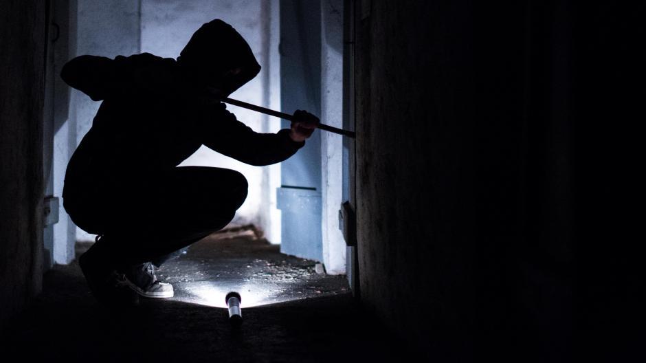 Einbruchschutz So Schrecken Sie Einbrecher Ab Geld Leben