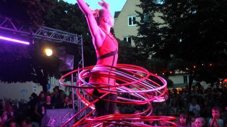 """Das Straßenkünstlerfestival """"La Strada"""" lockt seit vielen Jahren tausende Besucher in die Stadt. Unser Bild gibt einen Eindruck vom vergangenen Jahr."""