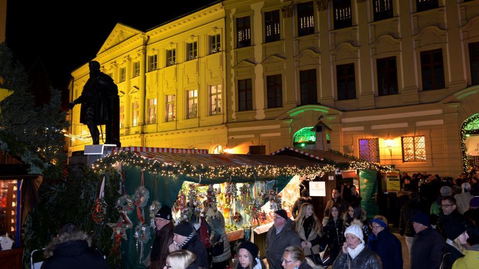 Augsburg: Am 1. Dezember kann man in Augsburg bis 24 Uhr einkaufen ...