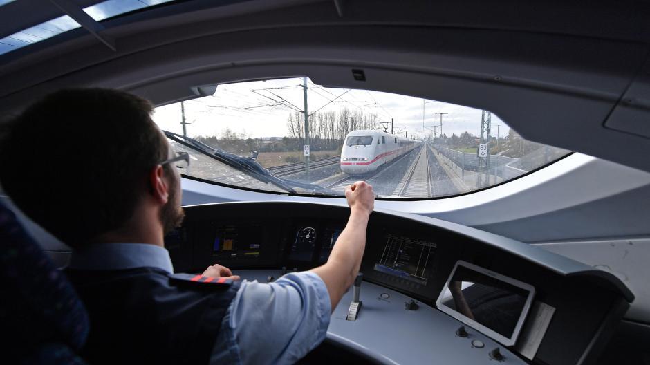 Region Express Züge Sollen Augsburg Und Flughafen München