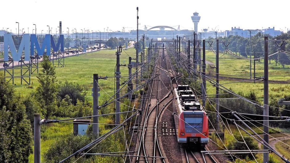 Augsburg soll per S-Bahn an München und den Flughafen angebunden werden.