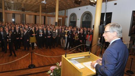 Ex-Wirtschaftsminister Wolfgang Clement war Gastredner beim 24. Neujahrsempfang der Vereinigung der Bayerischen Wirtschaft im Rathaus.