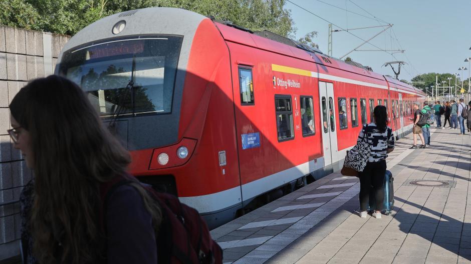 Augsburg Zug Luft Für Berufspendler Und Ausflügler Lokales