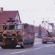 Artillerieverband unterwegs in Augsburg 80er.jpg