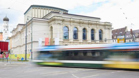 Ende des Jahres 2019 soll der Nahverkehr im Augsburger Zentrum kostenlos werden. Wird das Angebot noch ausgeweitet?