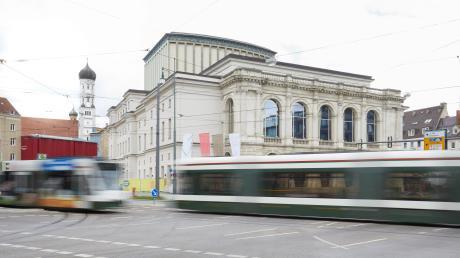 """Ausweitung der City-Ticket-Zone ? Bereich des kostenlosen City-Tickets der AVV soll erweitert werden, z.B. über die Haltestelle """"Theater"""" (im Bild) hinaus."""