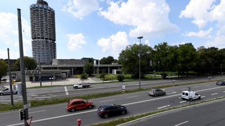 Die Stadt hat den Bau einer Tiefgarage vor dem Kongress am Park ins Auge gefasst.