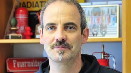 Friedhelm Bechtel arbeitet seit 1989 bei der Berufsfeuerwehr.