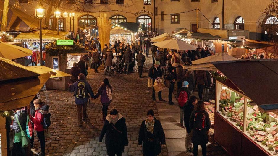 Weihnachtsmarkt Zeughaus Augsburg Start Und Offnungszeiten