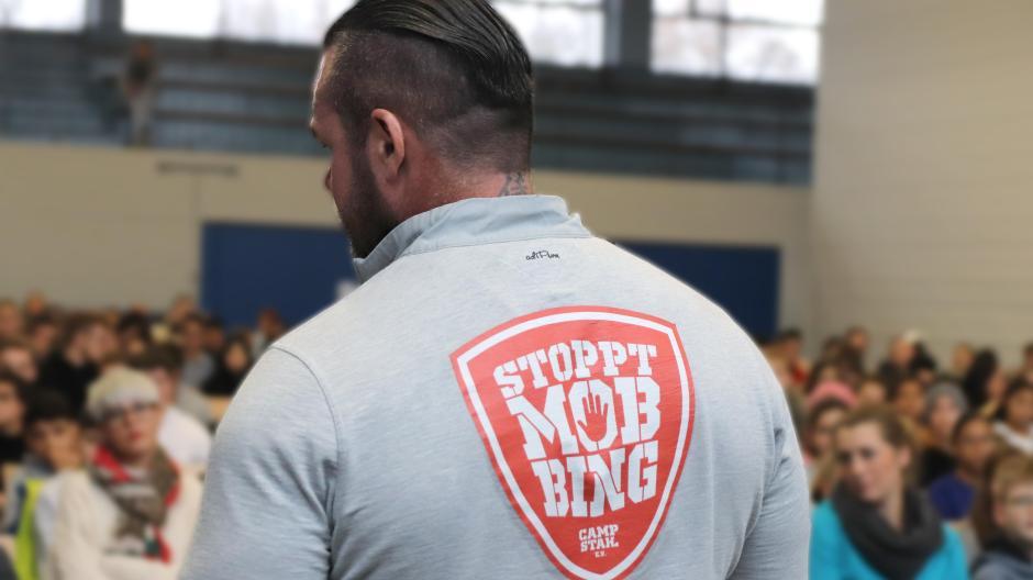 Leipheim Ex Schauspieler Carsten Stahl Kämpft Gegen Mobbing