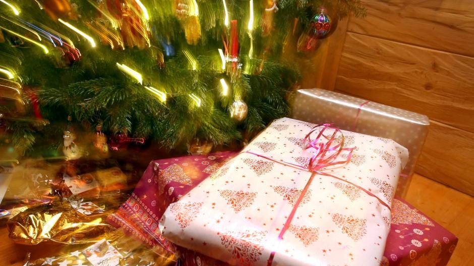 Christkind Bilder Weihnachten.Weihnachten Wie Lange Glauben Kinder An Das Christkind Promis