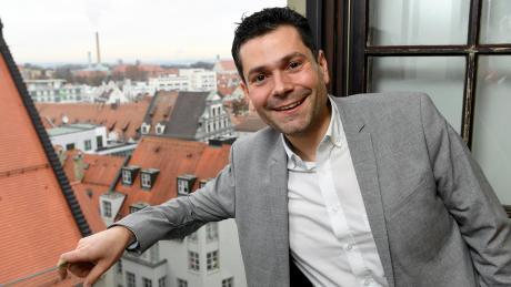 Florian Freund ist neuer SPD-Fraktionschef. Die Räume der SPD sind im vierten Stock des Rathauses – ideal für einen Rundumblick auf die Stadt.