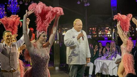 Alfons Schuhbeck zieht eine positive Zwischenbilanz seines Augsburg-Gastspiels. Das teatro soll es auch nächstes Jahr wieder geben.