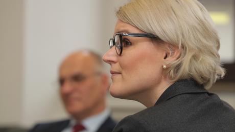Die designierte CSU-OB-Kandidatin Eva Weber und Oberbürgermeister Kurt Gribl stellten sich am Donnerstag in einer Gesprächsrunde den Fragen von Journalisten.