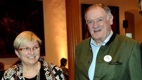 Beate Schabert-Zeidler und Rudolf Holzapfel sind im Quartett der Pro Augsburg-Stadträte diejenigen, die bei der Wahl 2014 auch für die Bürgervereinigung angetreten sind.