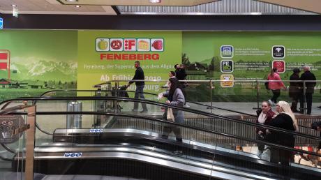 Die erste Feneberg-Filiale in Augsburg eröffnet am 9. Mai. Sie zieht in die Räume des Edeka-Marktes im Obergeschoss der Ladenstraße ein.