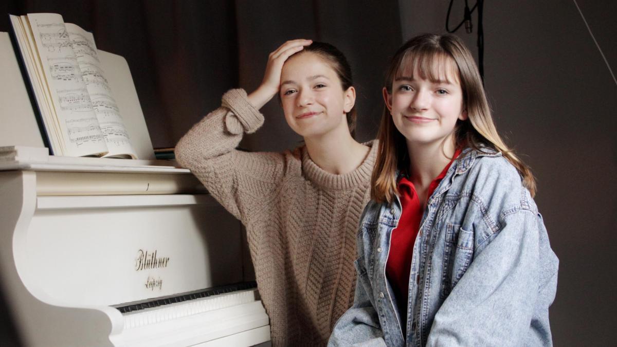 Mimi Und Josy Alter