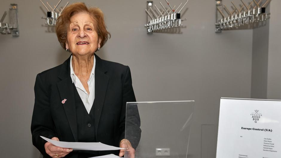 Augsburg Hildegard Doser Wird Heute 90 Jahre Alt Was Frau