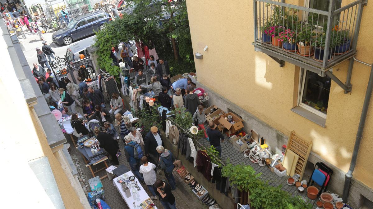 Augsburg Die Flohmarkt Saison Beginnt Was An