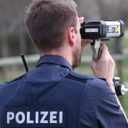 Die Polizei hat bei Tempokontrollen viele Fahrverbote erteilen müssen.