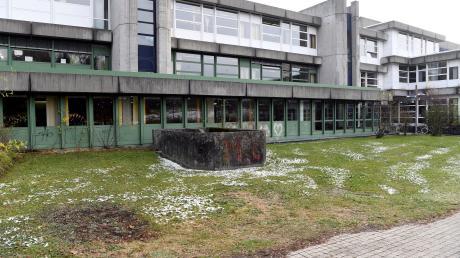 Der Schulkomplex am Alten Postweg im Hochfeld wird in den nächsten Jahren generalsaniert.
