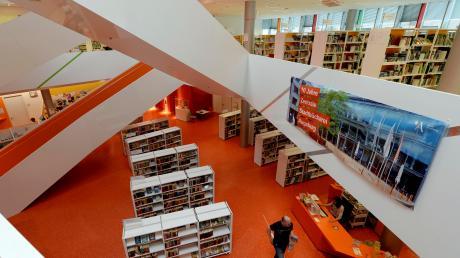 Vor zehn Jahren eröffnete die Neue Stadtbücherei. Die großen Feierlichkeiten zum Jubiläum finden am 11. und 12. Oktober statt.