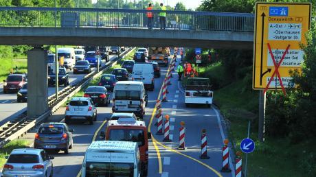 Zu zwei Vorfällen kam es auf der B17 in Augsburg.