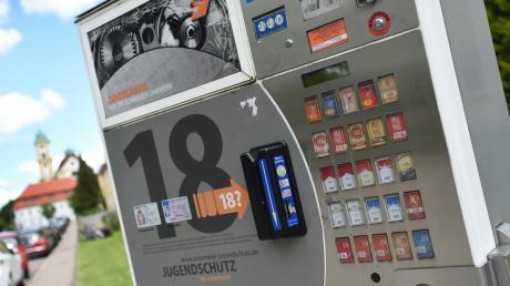 Ein Zigarettenautomat in Wallerstein wurde aufgebrochen und das Geld entwendet.